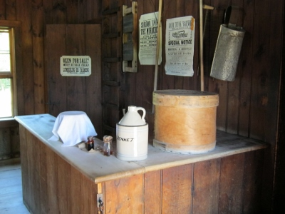 Annatto dye, rennet, a cheese box...all necessary to make Canadian cheddar in the 1860's.